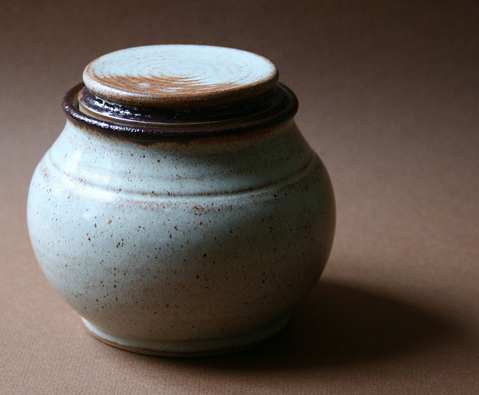Wattlefield Pottery - Andrea Young - Lidded Pot
