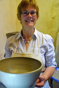 Wattlefield Pottery - Andrea Young - Photo By Bee Blezard - ByBee Photography
